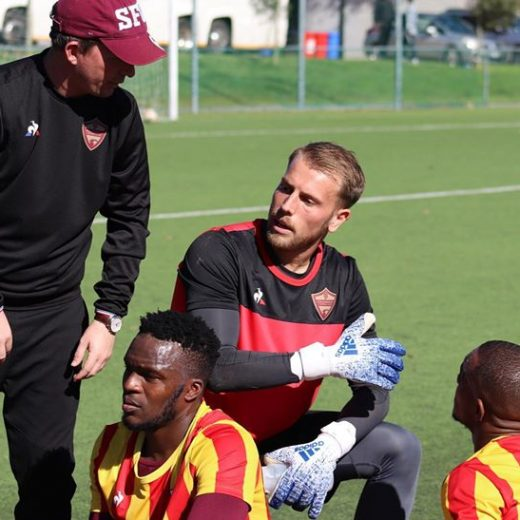 Caption this! Assistant coach Wesley, goal-keeper @bdejongg and striker @iqraamrayners deep in discussion. #stellenboschfc…